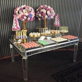 Lux Mirror Dessert Table