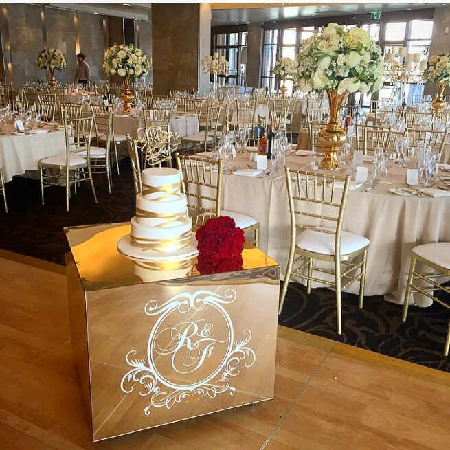 75cm Gold Mirror Cake Table