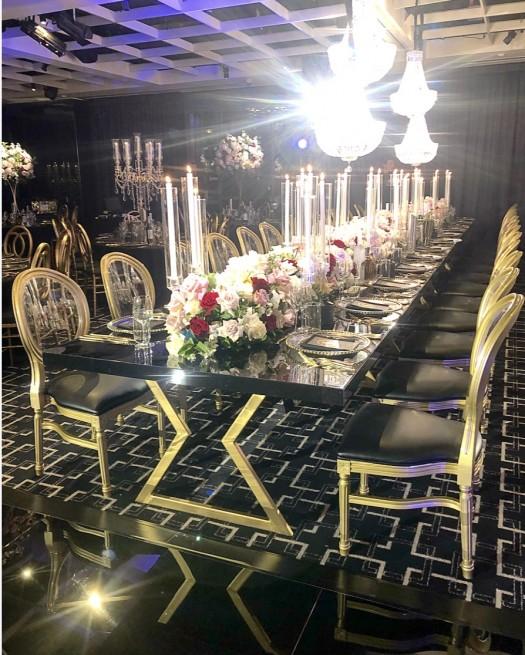 Geo King Table, black gloss top