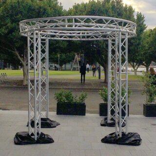 Circular truss arch