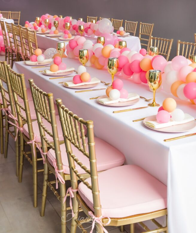 Gold tiffany with pink cushions